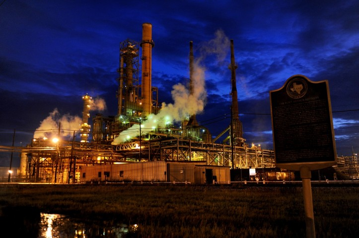 refinery11_1348141920
