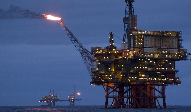 north-sea-oil-rig-014-2