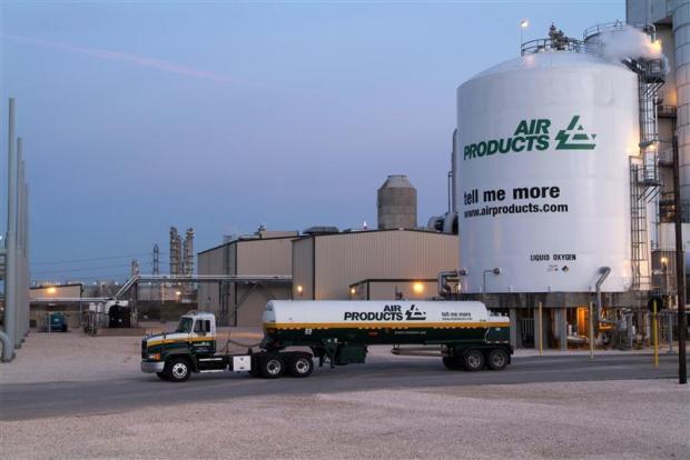 Air-Products-CFO-Steps-Down-USA.jpg